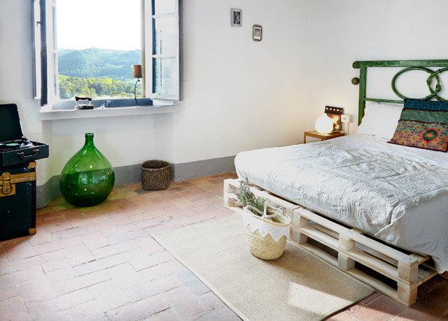 property Bedroom home cottage living room hardwood bed sheet flooring laminate flooring