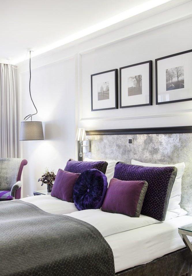 sofa property Bedroom living room home bed sheet cottage seat