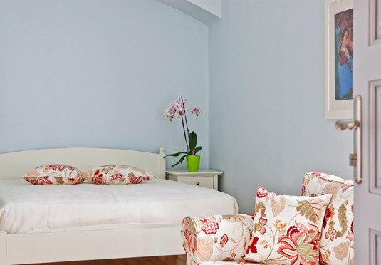 property Bedroom cottage home white living room bed sheet