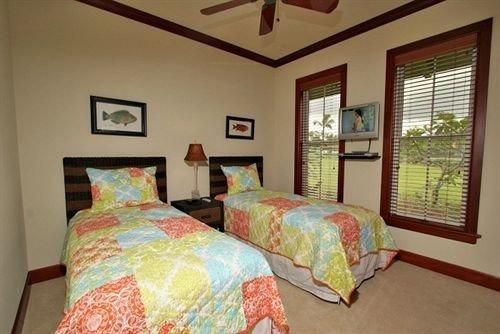 Bedroom property cottage bed sheet rug