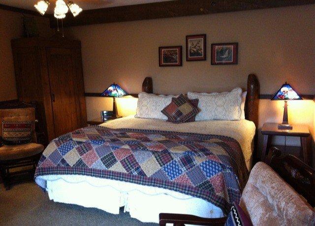 property Bedroom cottage bed sheet