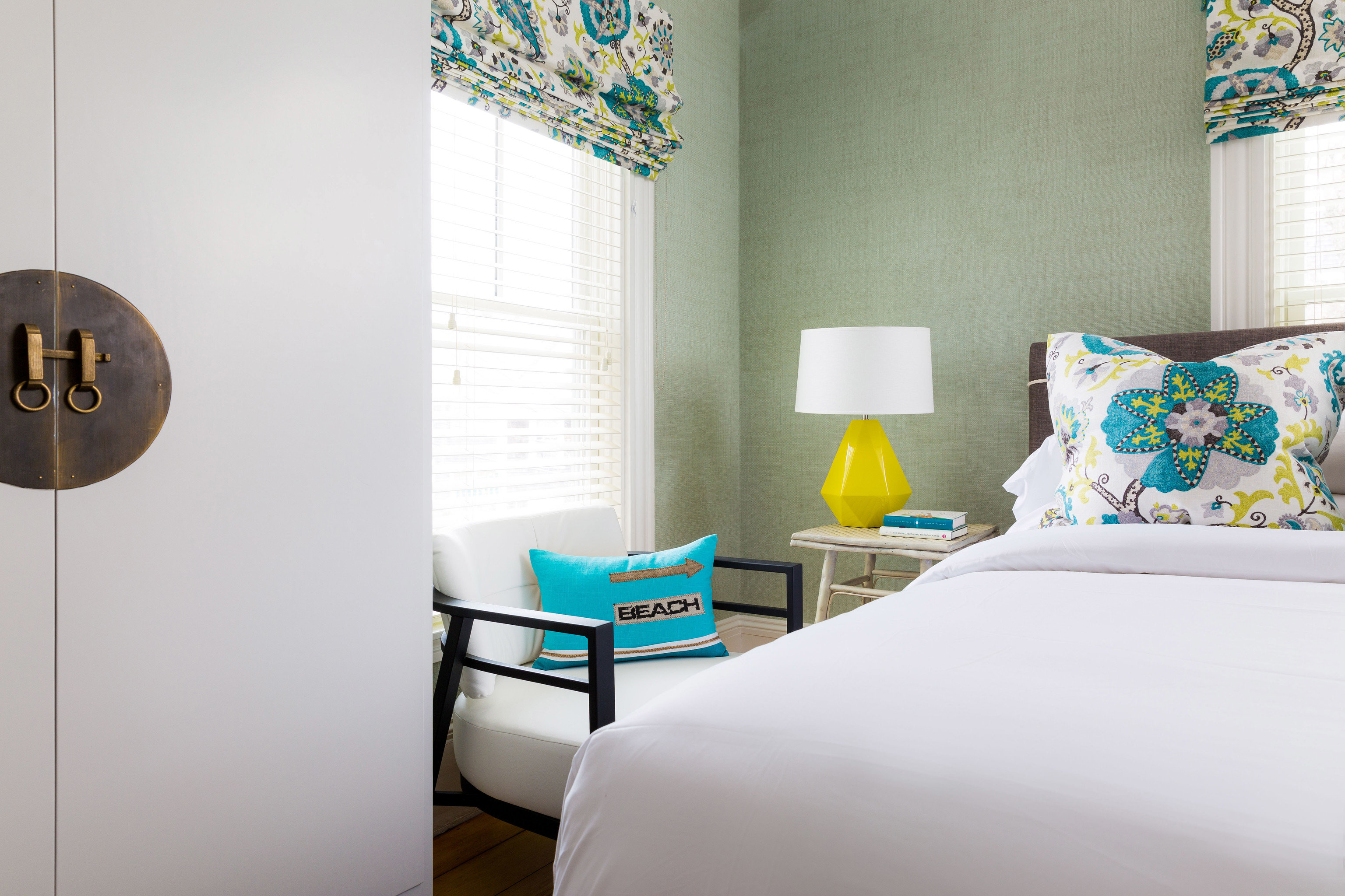 Bedroom living room home pillow bed sheet