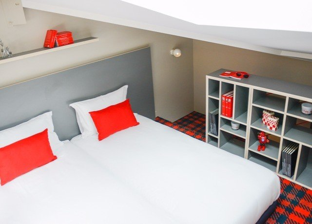 red white property Bedroom bed sheet orange