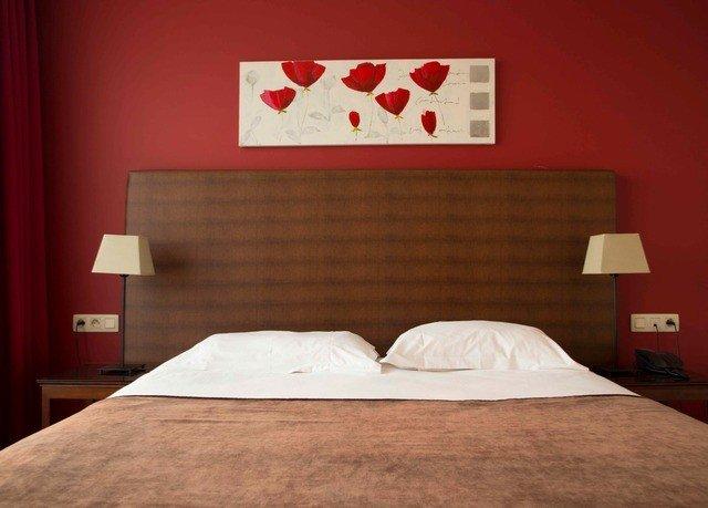 Bedroom pillow bedclothes