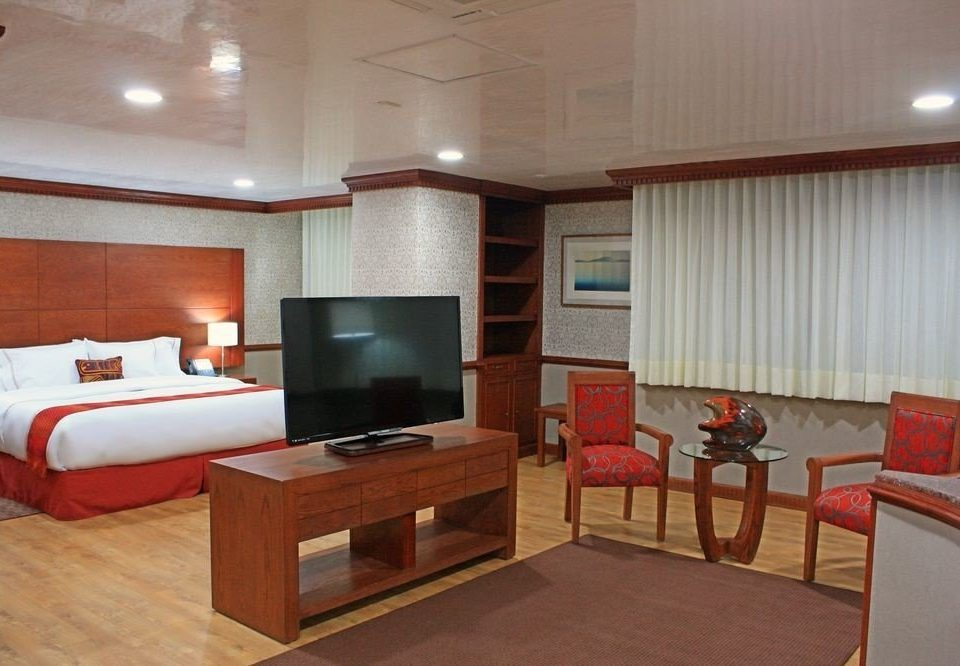 property passenger ship Boat yacht vehicle ship home Suite living room recreation room cottage condominium Bedroom