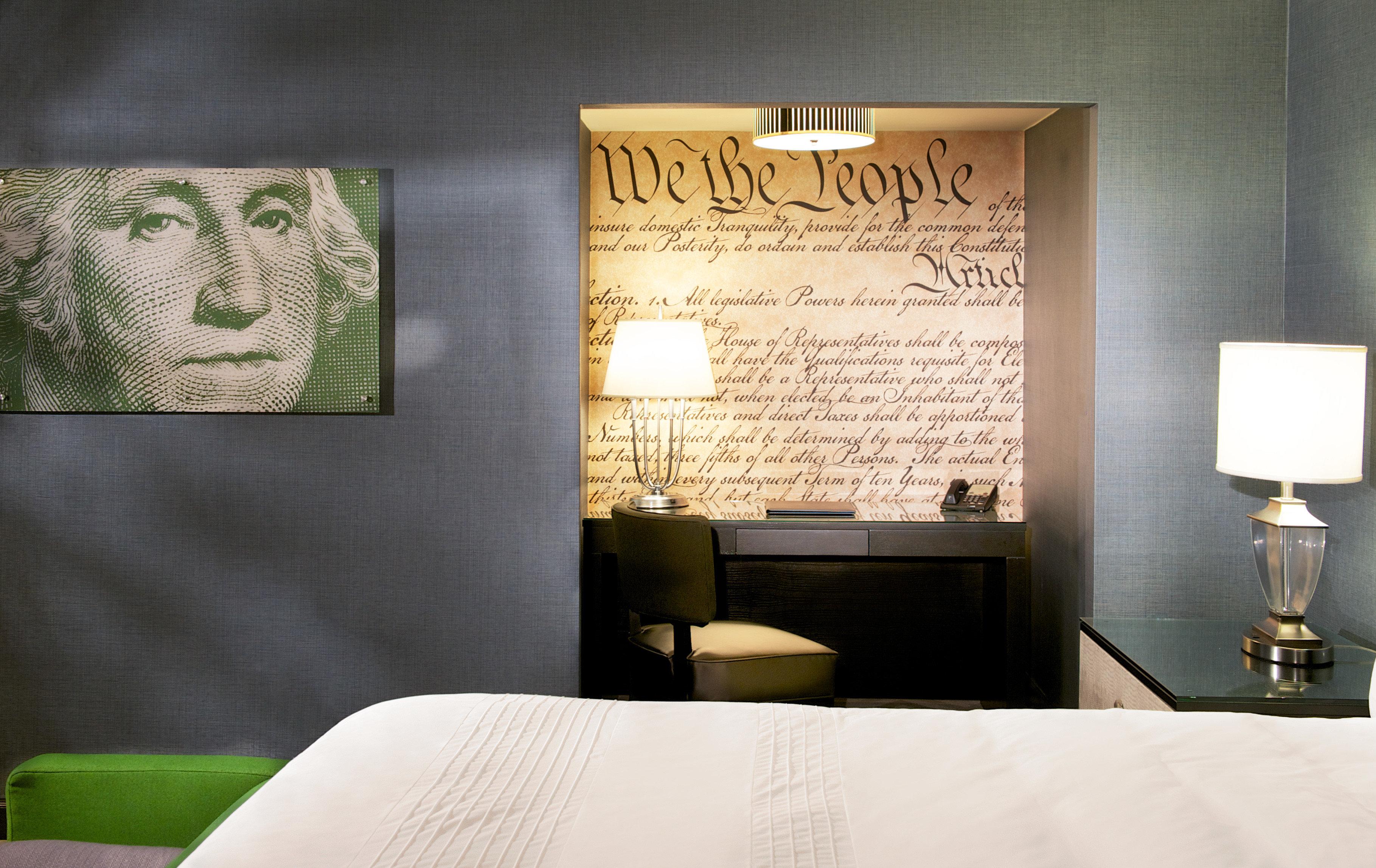 Bedroom Boutique Budget City Hotels Modern pillow lighting modern art living room lamp