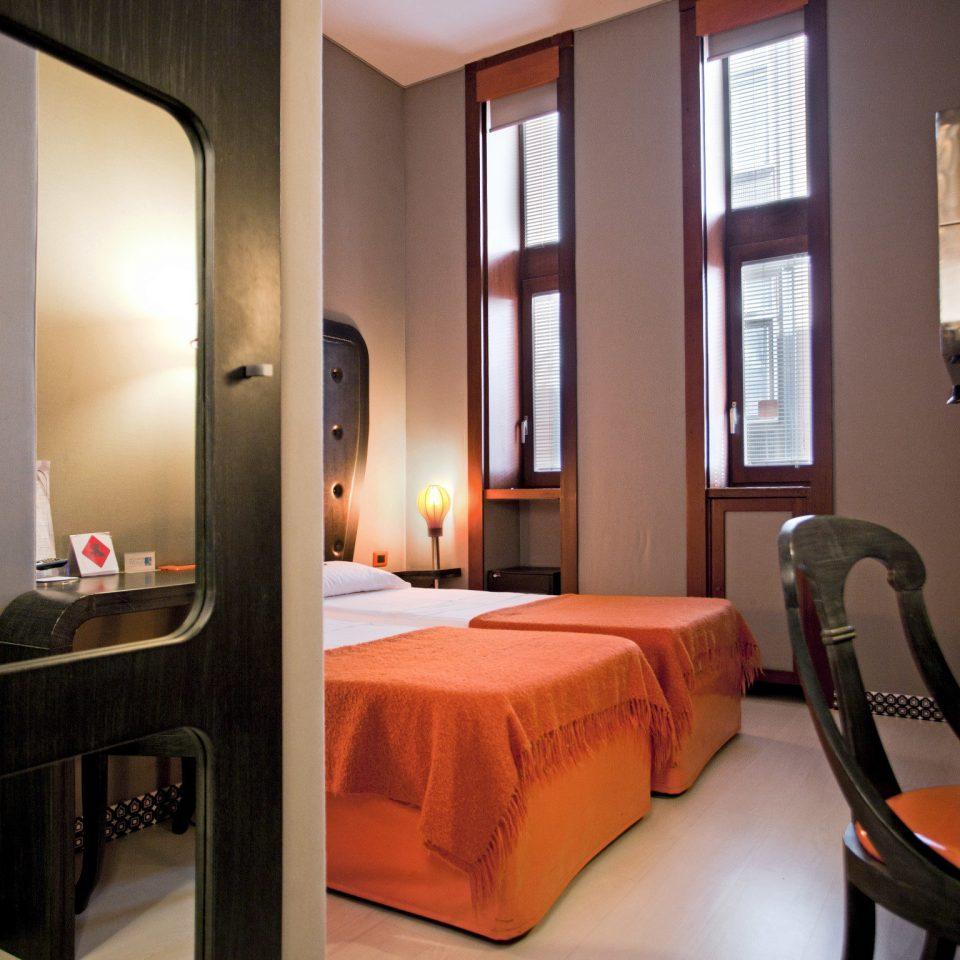 Bedroom Boutique Budget City property Suite home cottage condominium