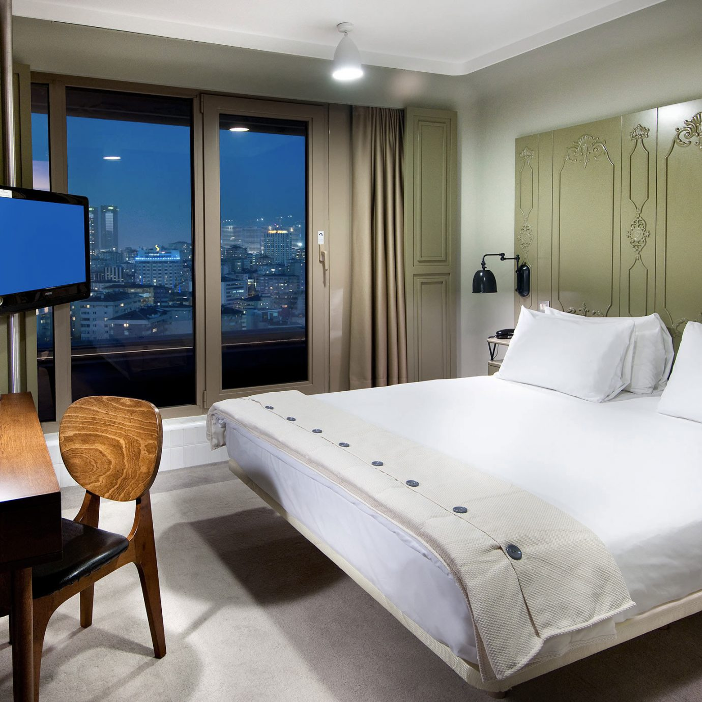 Bedroom Boutique Budget City Hip property Suite condominium