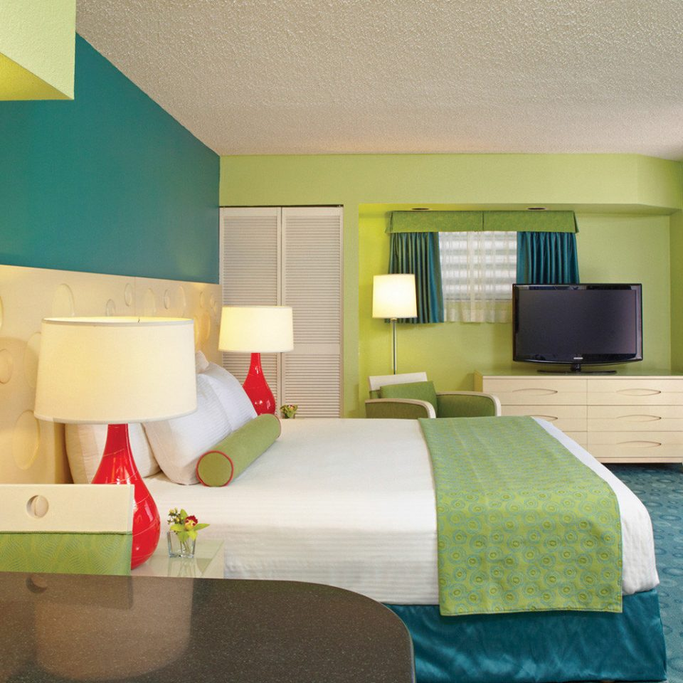 Bedroom Boutique Budget property green yellow Suite home condominium living room cottage colored
