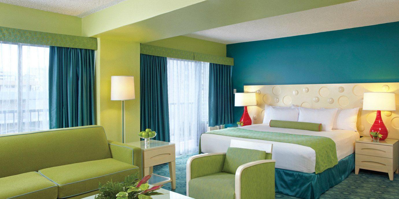 Bedroom Boutique Budget sofa green property condominium Suite living room Villa