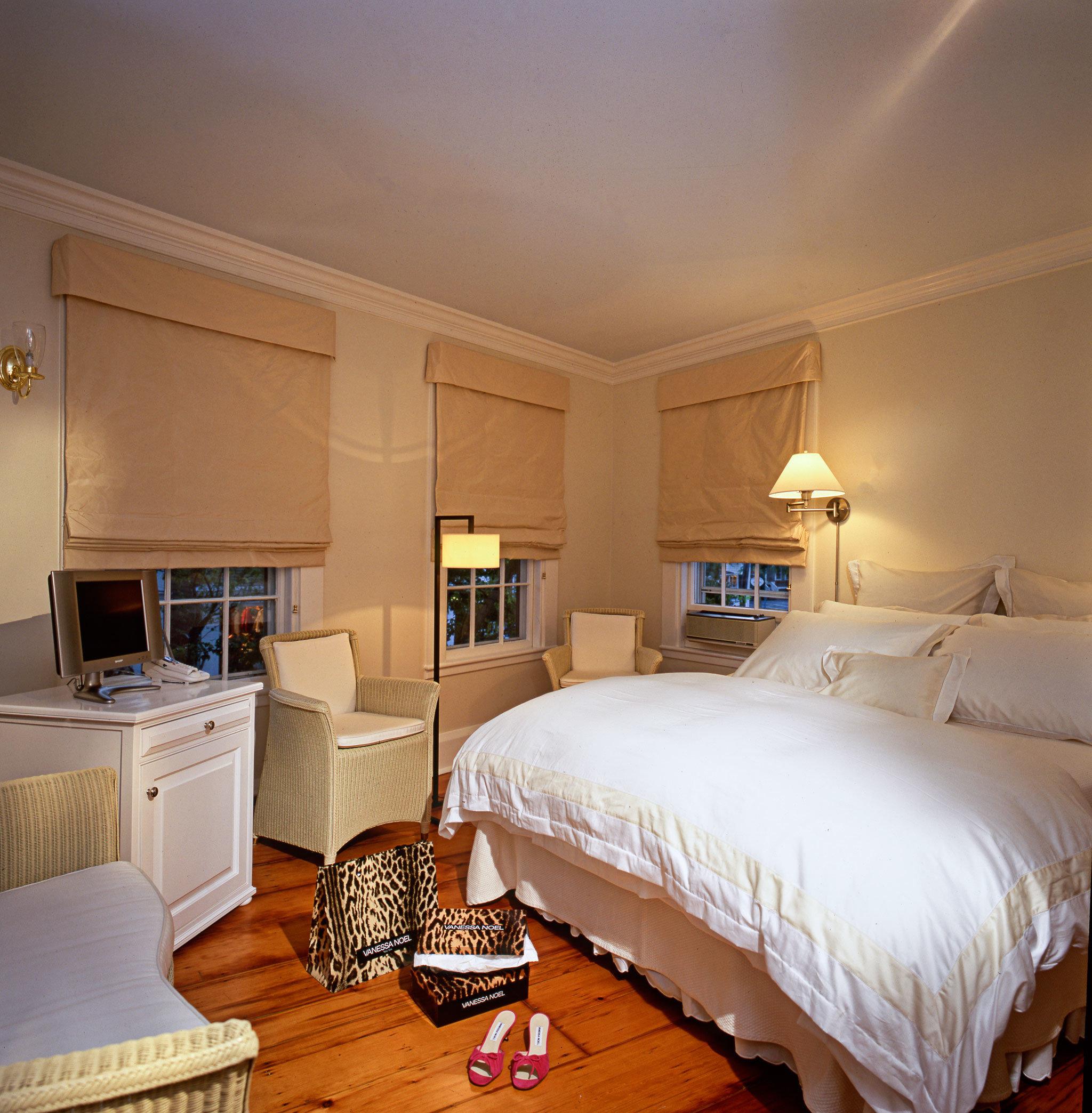 Bedroom Boutique Budget property Suite home cottage bed sheet living room