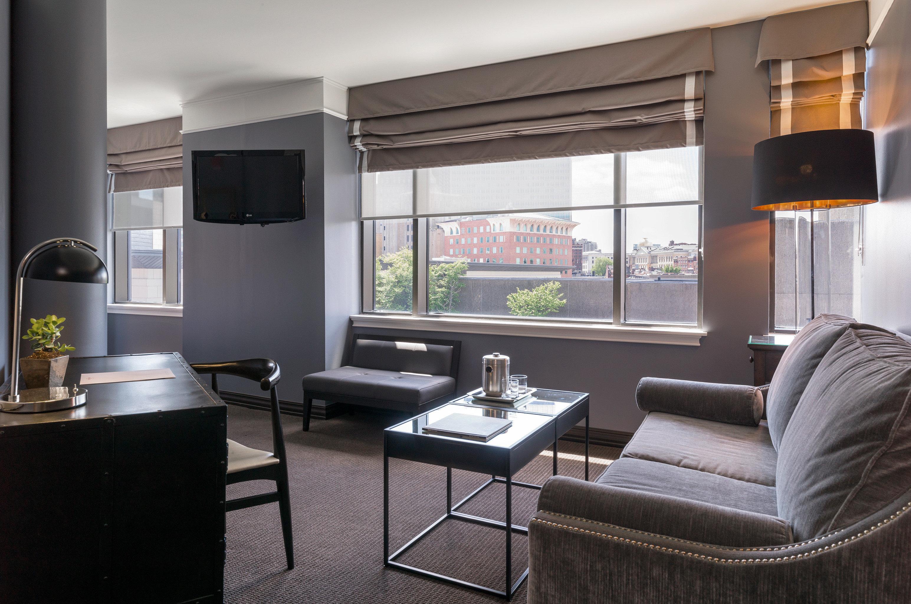 Bedroom Boutique City Classic Lounge Suite living room property condominium home