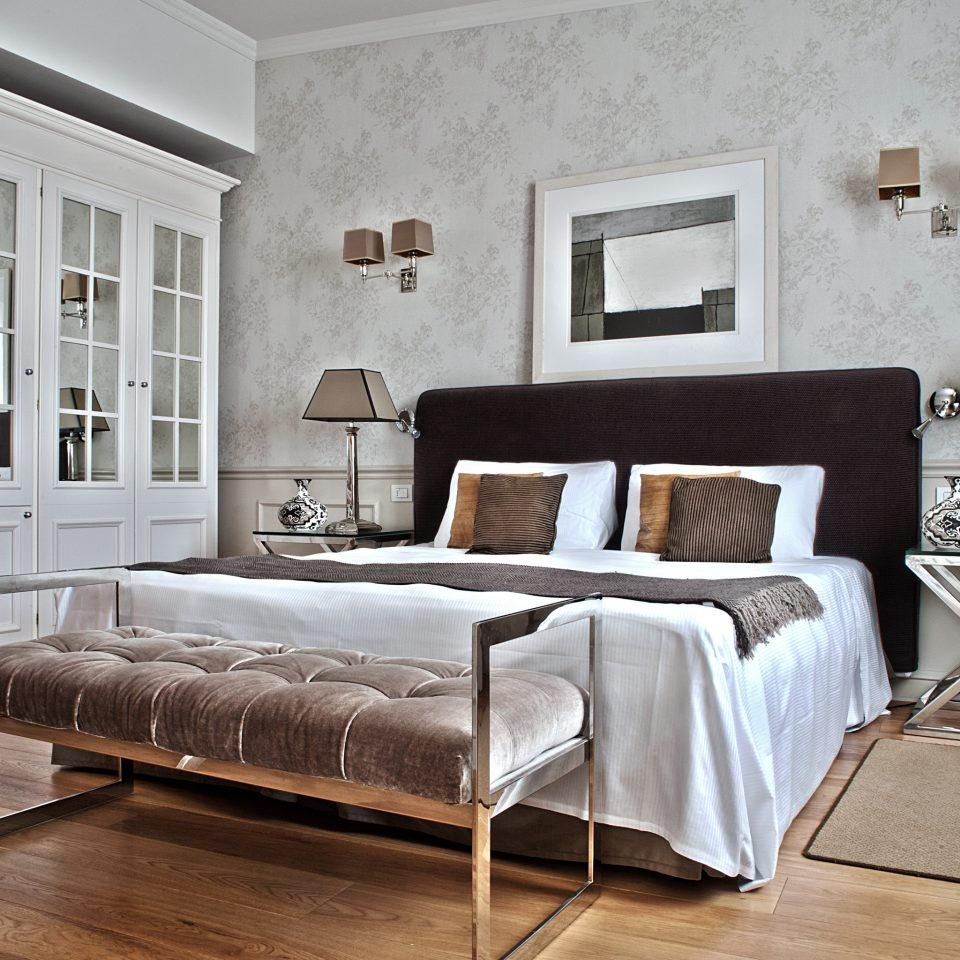 Bedroom Boutique City Elegant Honeymoon Romance Romantic Villa living room hardwood bed frame home studio couch