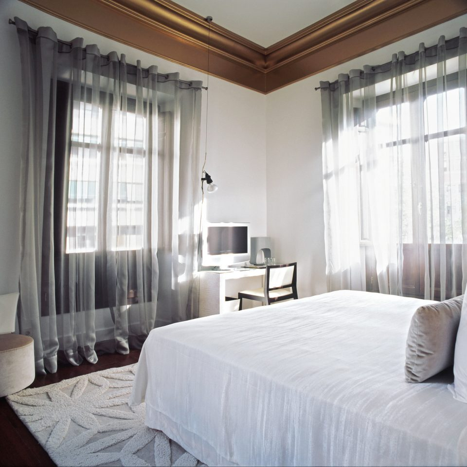 Bedroom Boutique City Hip Modern property Suite condominium cottage curtain Villa