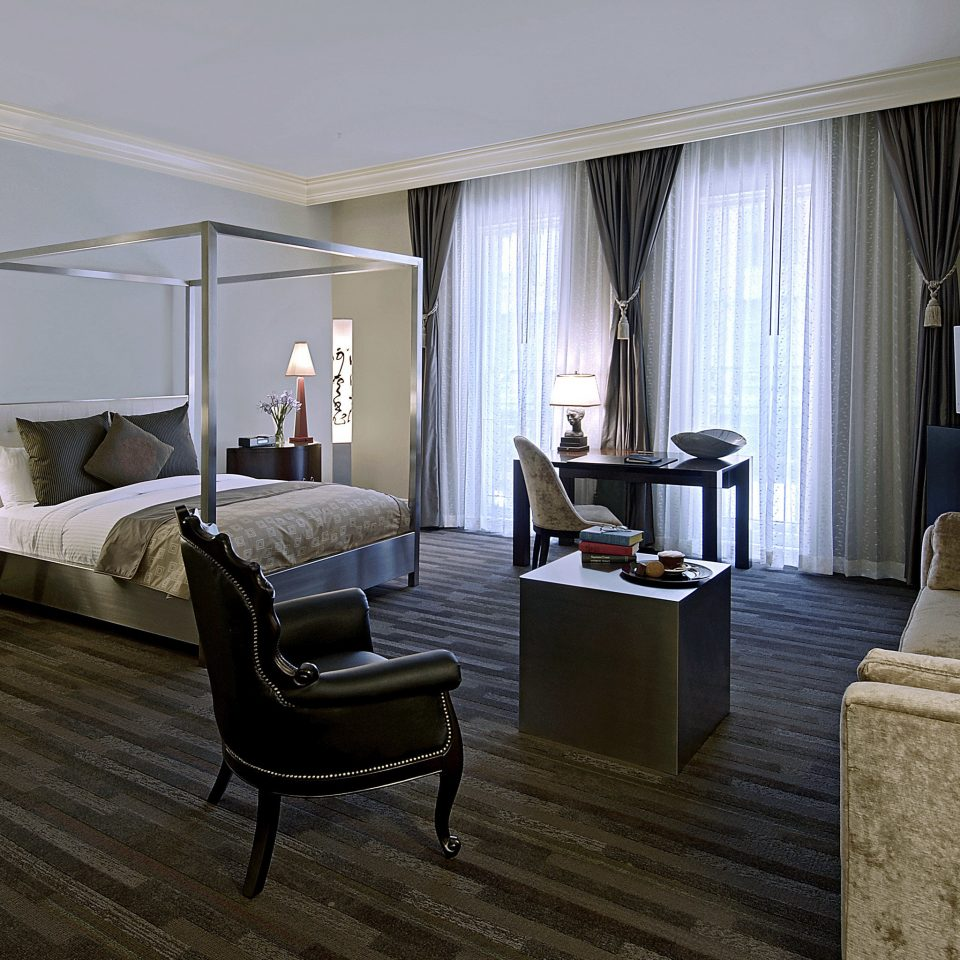 Bedroom Boutique City Modern Suite property living room home hardwood Villa cottage flooring condominium lamp