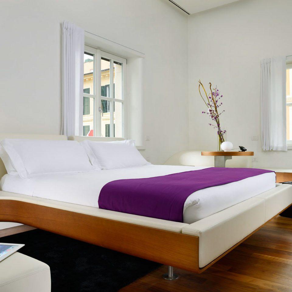 Bedroom Boutique City Modern property bed frame hardwood bed sheet living room