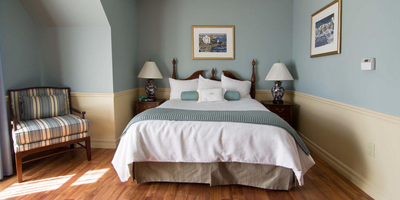Bedroom Boutique Classic Historic property hardwood wooden cottage Suite wood flooring bed frame hard
