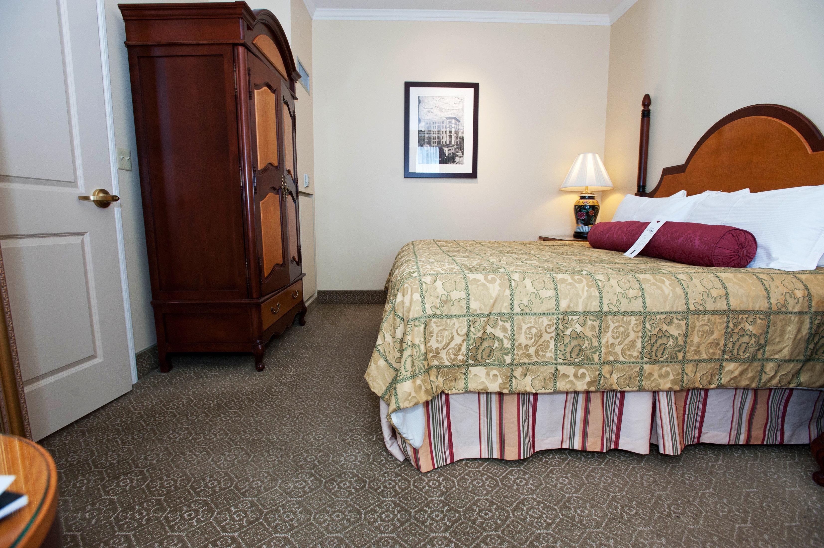 Bedroom Boutique Classic Historic property cottage home hardwood Suite