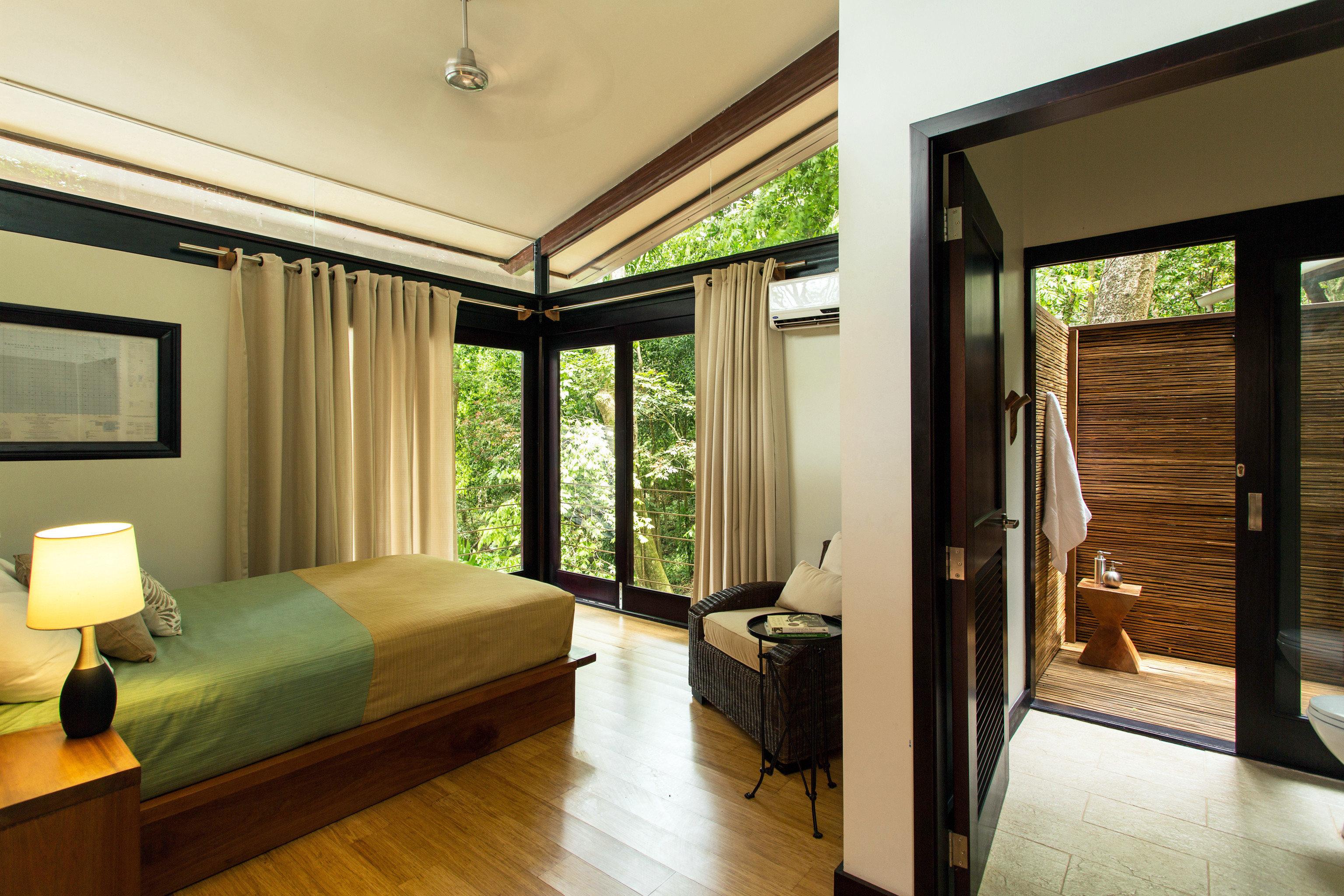 Bedroom Boutique Forest Jungle Luxury Modern Romantic Rustic property condominium Suite home Resort living room Villa