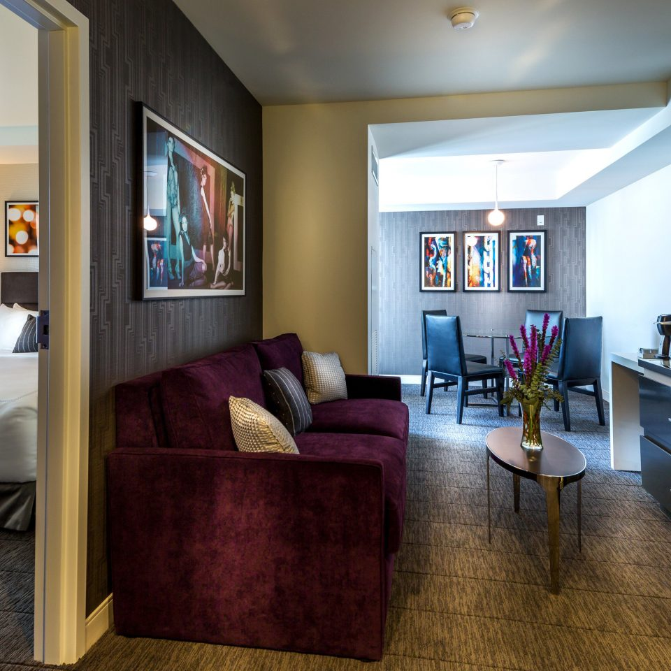 Bedroom Boutique Hip Modern sofa property living room home Suite hardwood condominium recreation room cottage