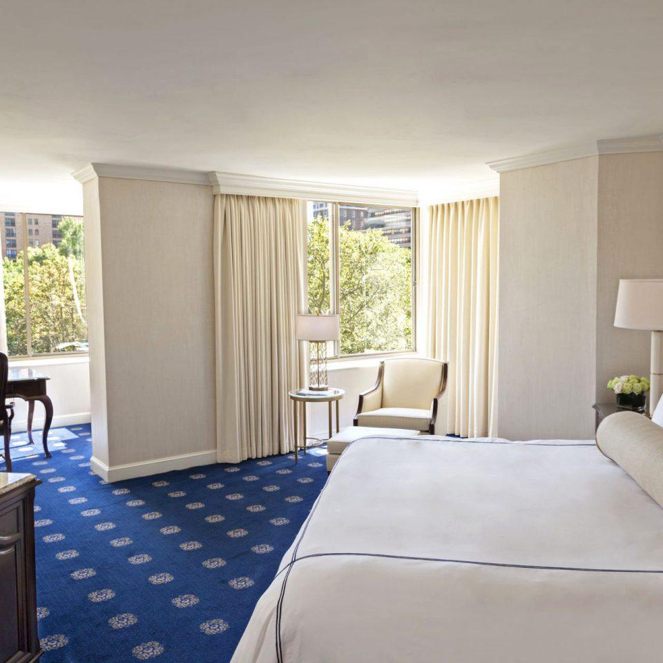 Bedroom Boutique Hotels Classic Elegant Hotels Philadelphia sofa property Suite condominium home living room cottage