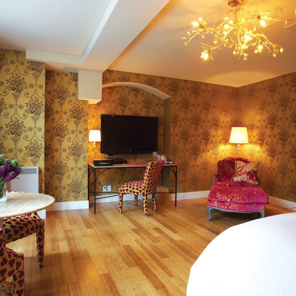 Bedroom Boutique Luxury property home living room cottage hardwood farmhouse Villa Suite wood flooring mansion hard
