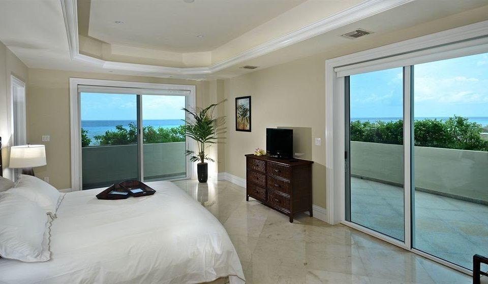 Boutique Modern Patio Waterfront property Bedroom home condominium living room Villa Suite cottage mansion