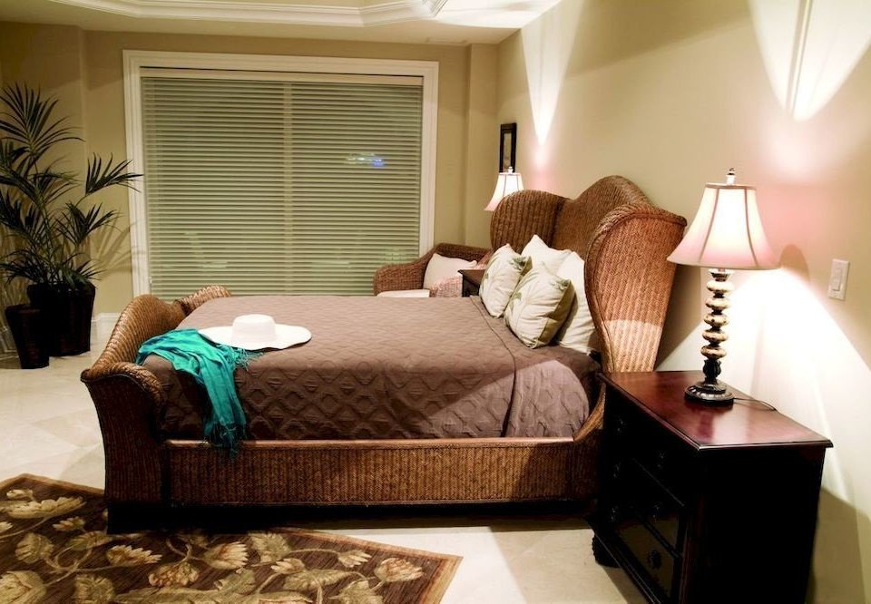 Bedroom Boutique Modern Waterfront property living room Suite home cottage lamp
