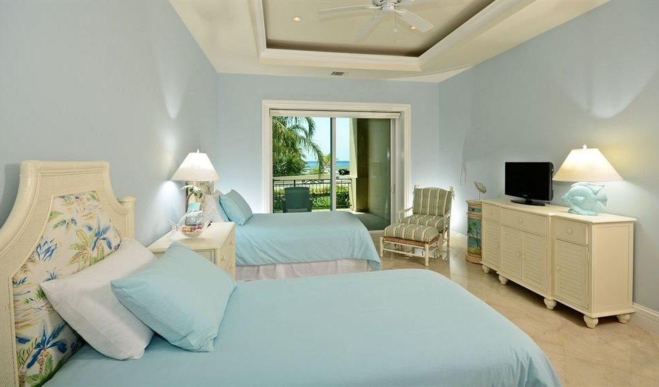 Bedroom Boutique Modern Waterfront sofa property scene Suite living room white home cottage pillow