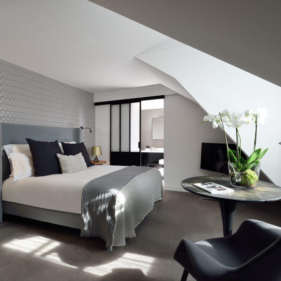 Bedroom Boutique Modern property living room home green Suite flat