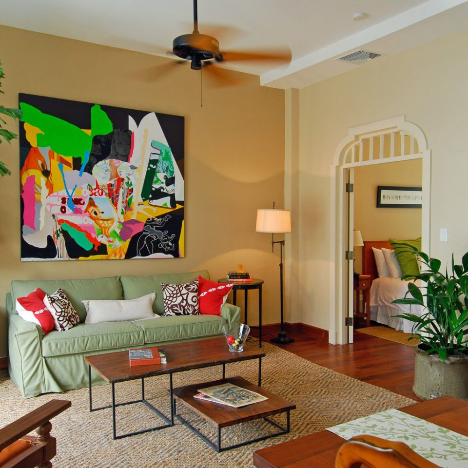 Bedroom Boutique Modern property living room home cottage condominium Villa