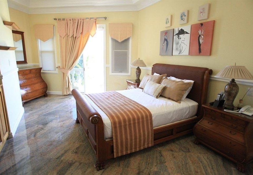 Bedroom Boutique Waterfront property cottage Suite hardwood Villa tan