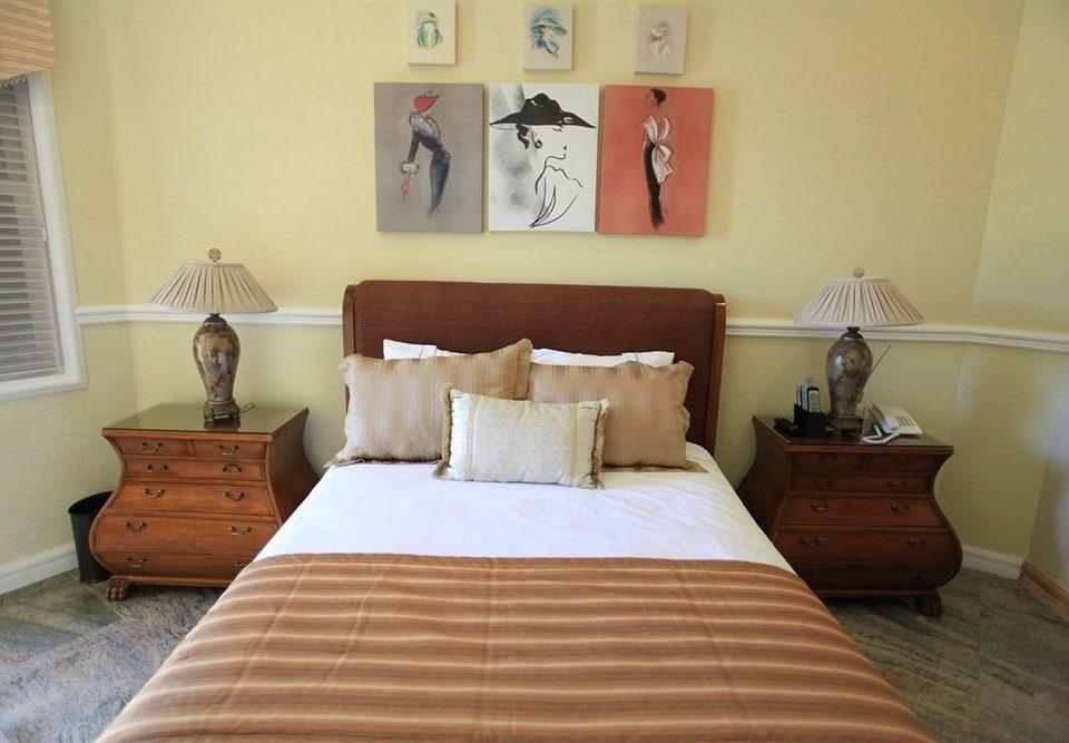 Bedroom Boutique Waterfront property cottage Suite hardwood Villa