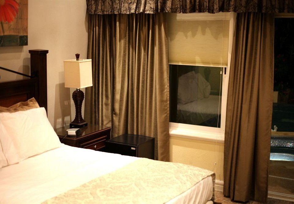 Bedroom Boutique Waterfront property curtain Suite home cottage textile