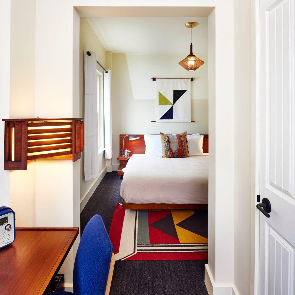 Bedroom Budget Hotels Lounge Suite property home hardwood living room cottage flooring