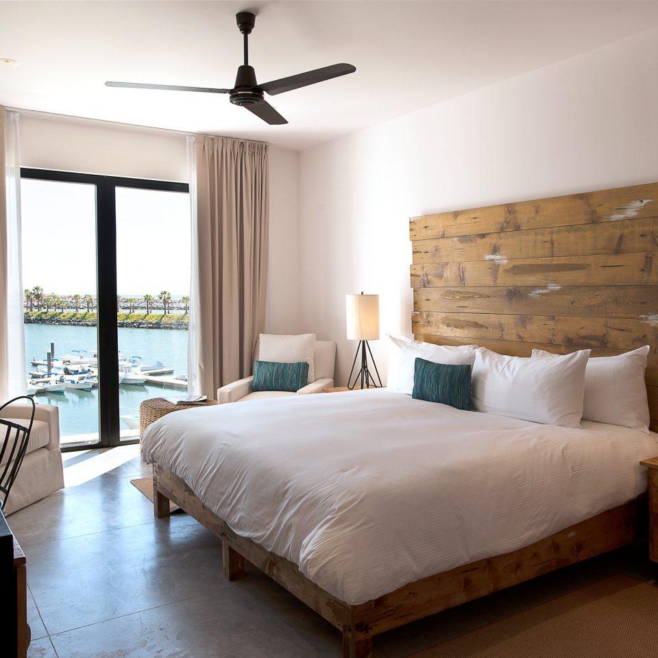 Bedroom Budget Hotels Luxury property home living room cottage hardwood Suite farmhouse