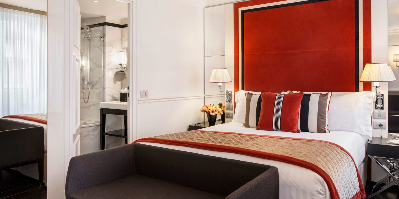 Bedroom Business City Elegant Modern Romantic Suite property living room home cottage
