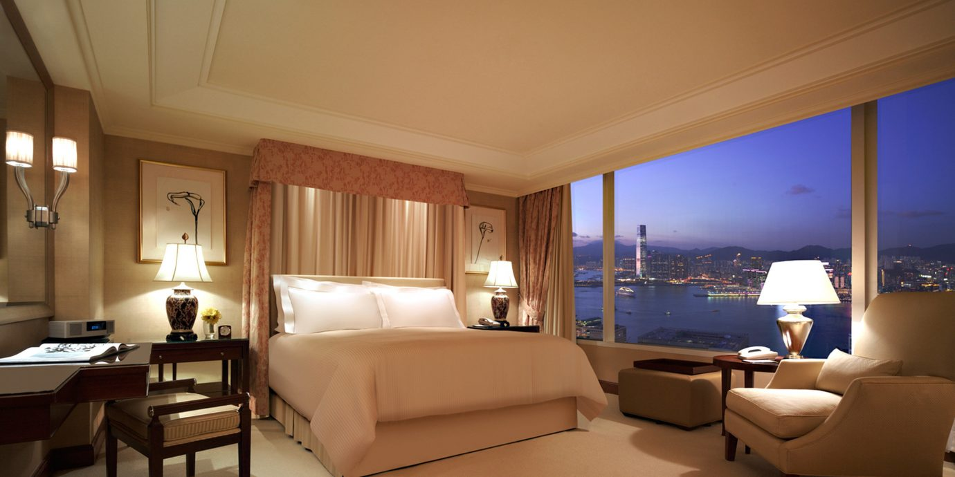 Bedroom Business City Elegant Scenic views property Suite living room condominium yacht