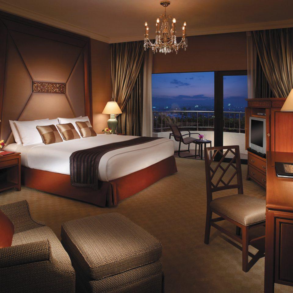 Bedroom Business City Elegant Luxury property Suite living room condominium lamp
