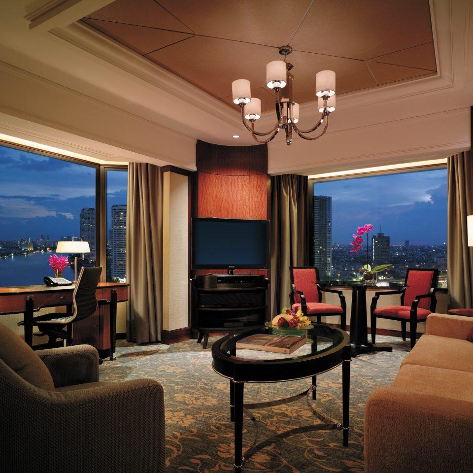 Business City Elegant Luxury Suite sofa property living room recreation room home Bedroom lamp