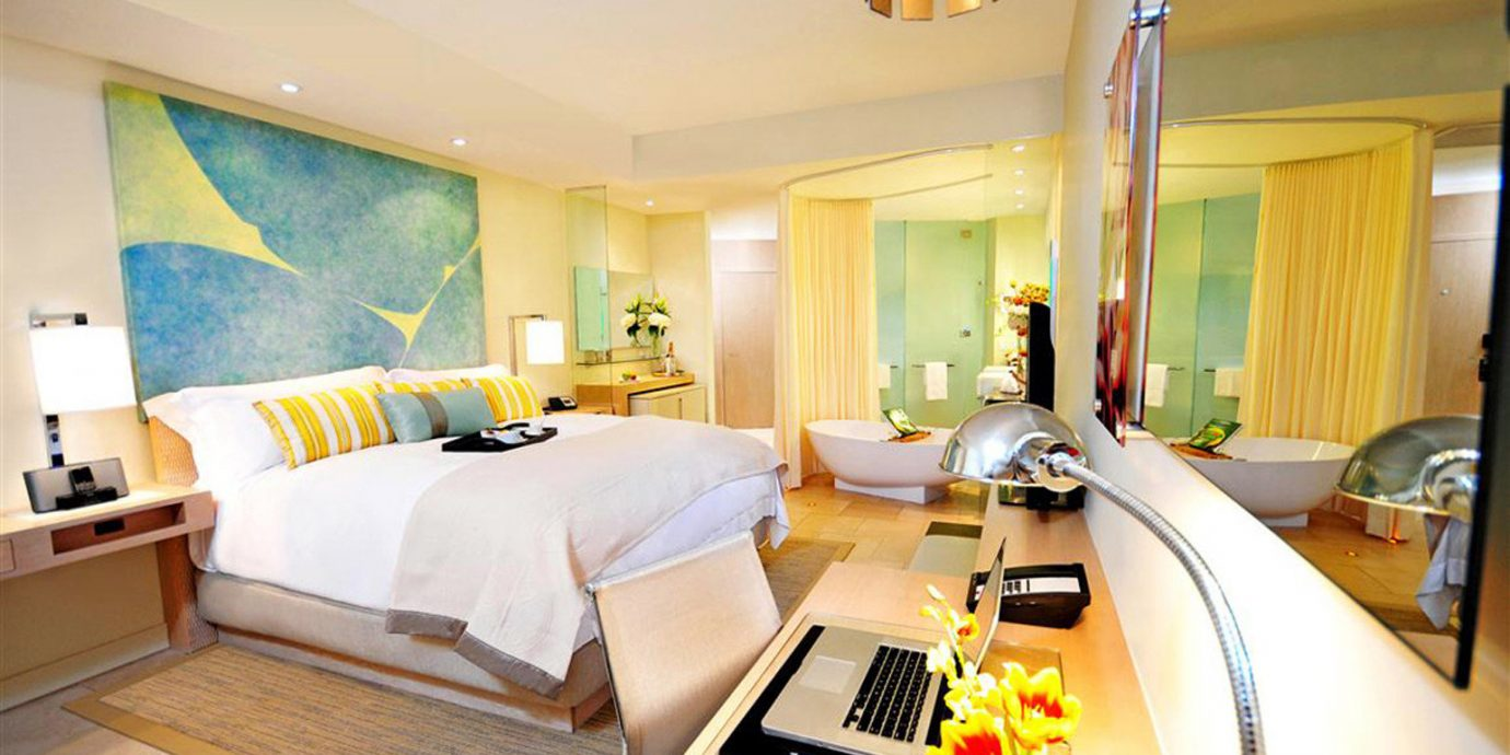 Bedroom Business City Luxury Modern Tropical property Suite Villa home cottage condominium living room