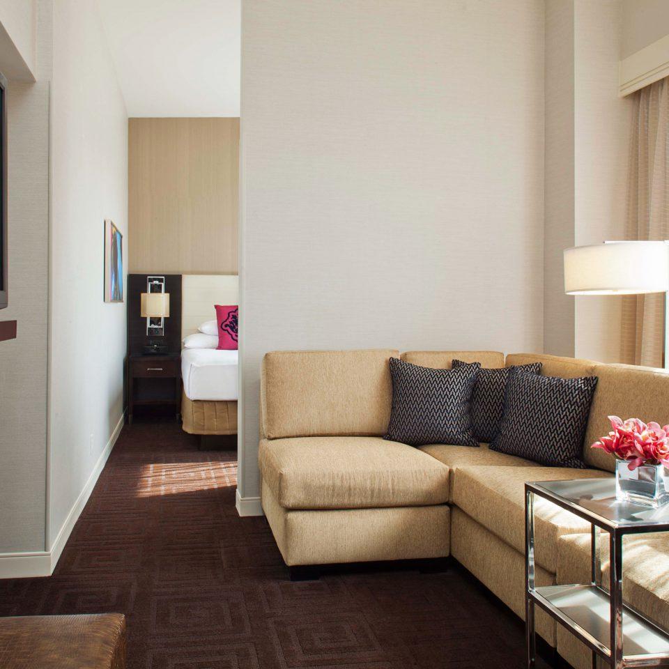 Bedroom Business City Suite property living room home cottage condominium