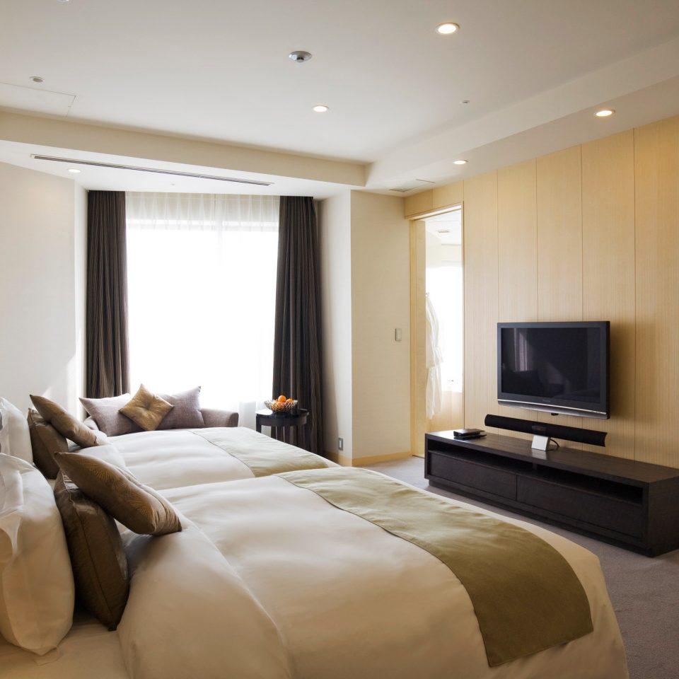 Bedroom Business Classic Hotels Trip Ideas sofa property living room condominium Suite home flat