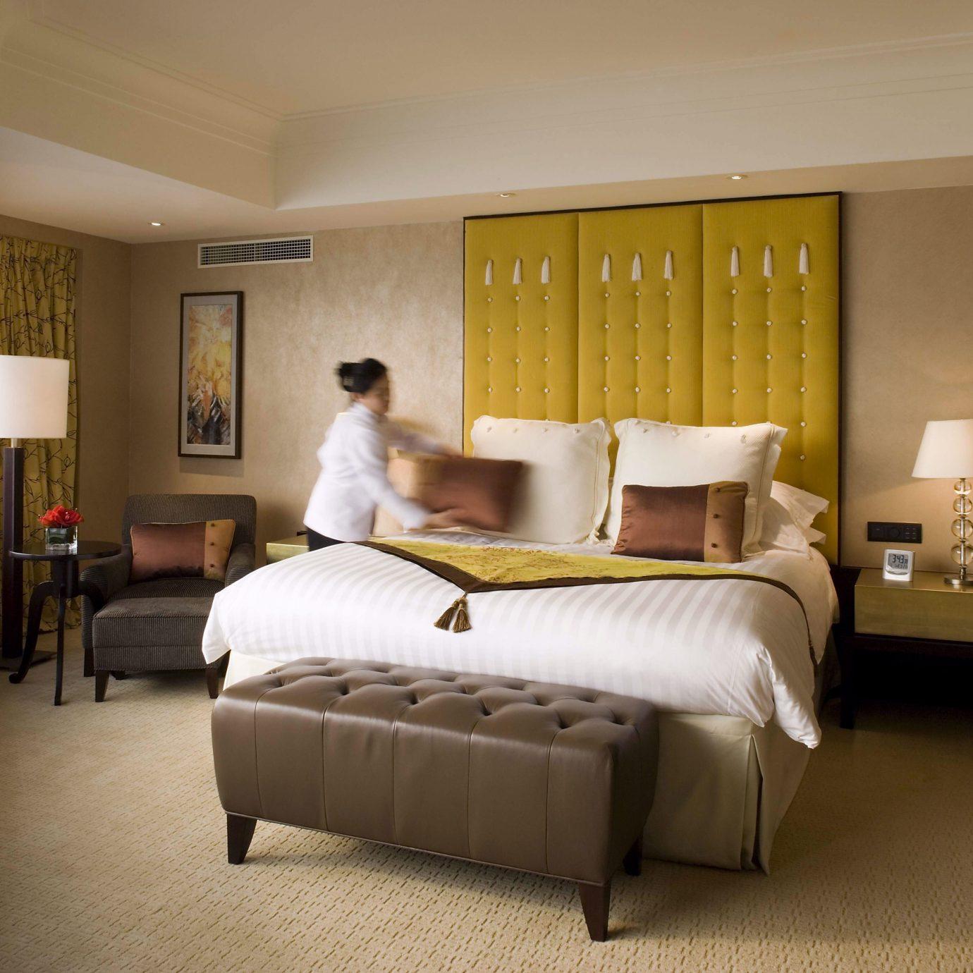 Bedroom Business Classic property Suite home living room condominium cottage Villa