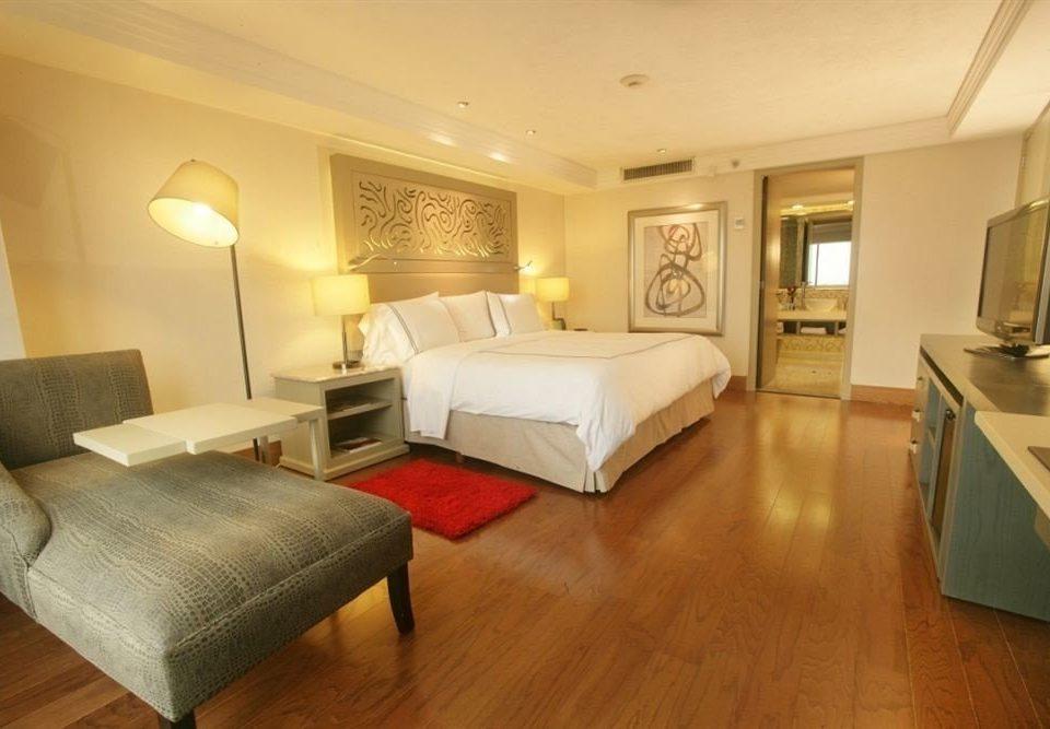 Bedroom Business Modern property Suite hardwood living room cottage wood flooring hard