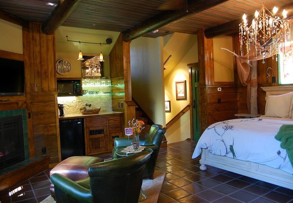 Bedroom Cabin Rustic property home house living room cottage mansion Villa