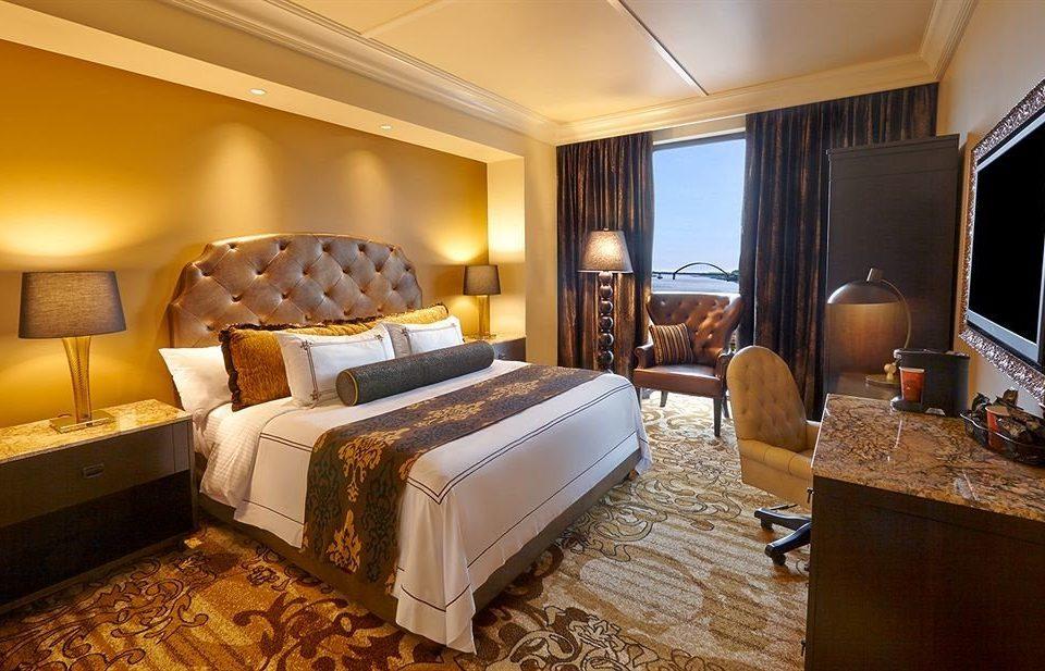 Bedroom Casino Elegant property Suite cottage home living room Resort flat