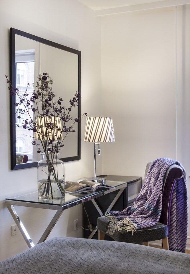 chair living room property home office Bedroom lamp