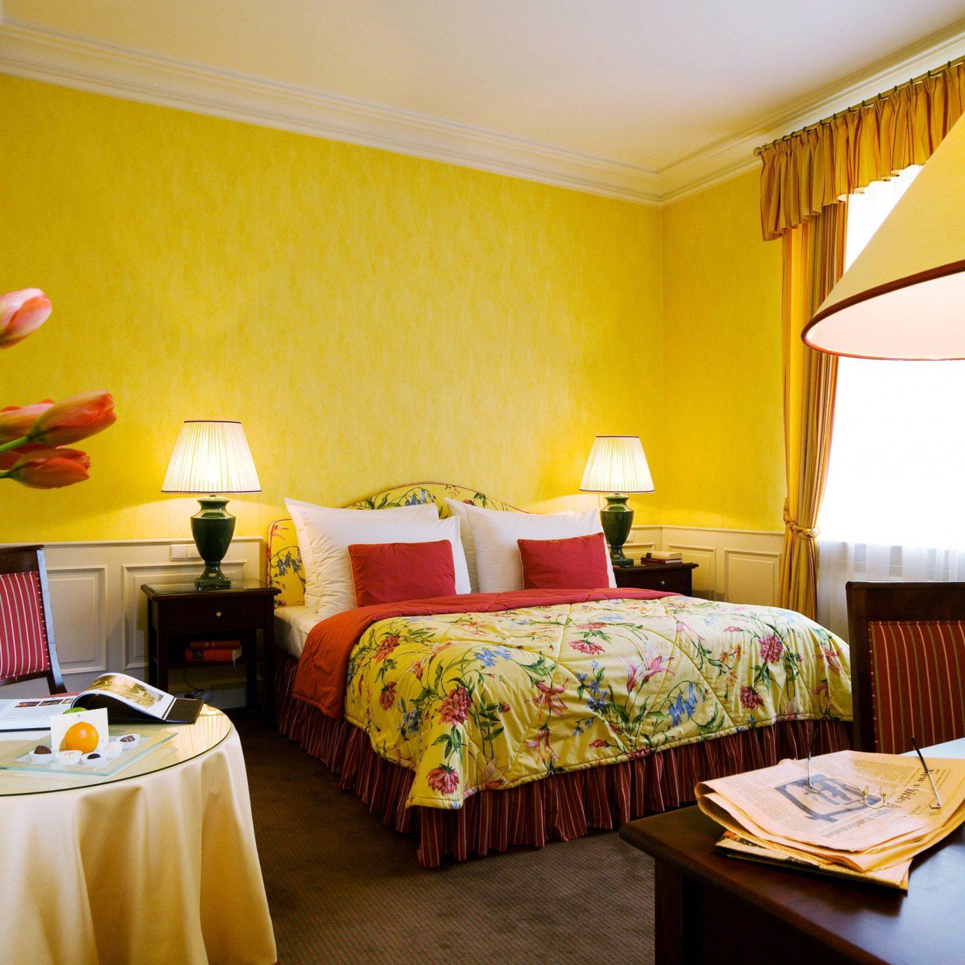 Bedroom City Classic Elegant Historic Suite yellow Resort cottage Villa bright