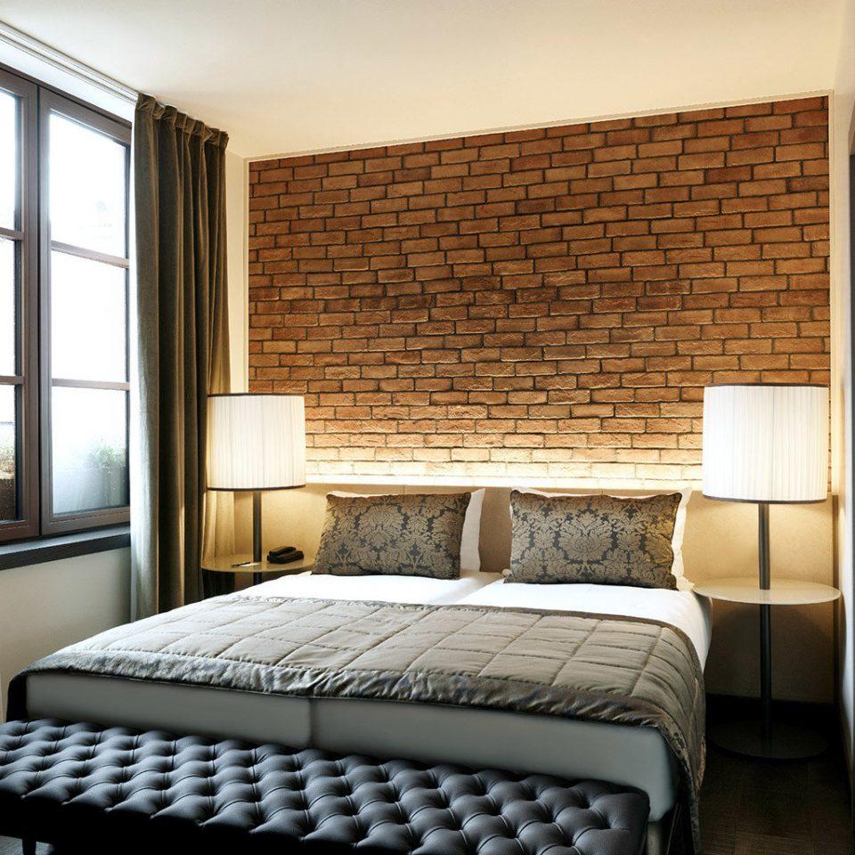 Bedroom City Classic Hip property home Suite condominium cottage living room